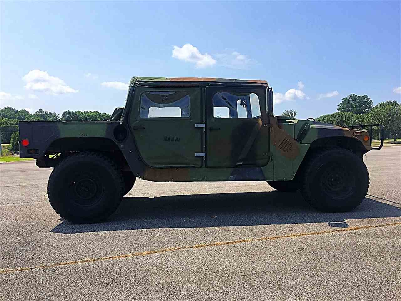 Large Picture of '94 Hummer H1 located in Dickson Tennessee - METO