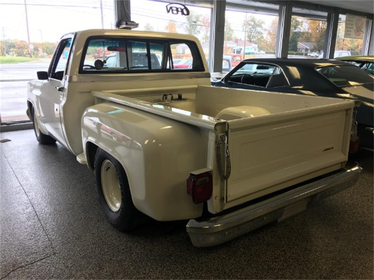 Large Picture of '87 1500 located in Tennessee Offered by Bobby's Car Care - MEUI