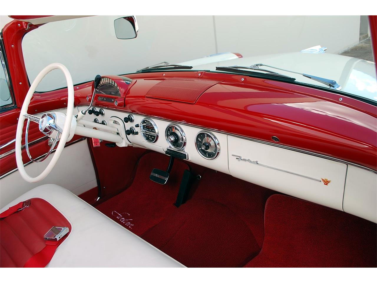 Large Picture of '55 Fairlane - MEUO