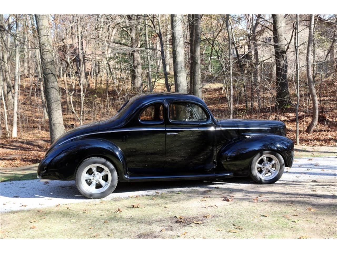 Large Picture of '40 Ford Deluxe located in Michigan - MEUP