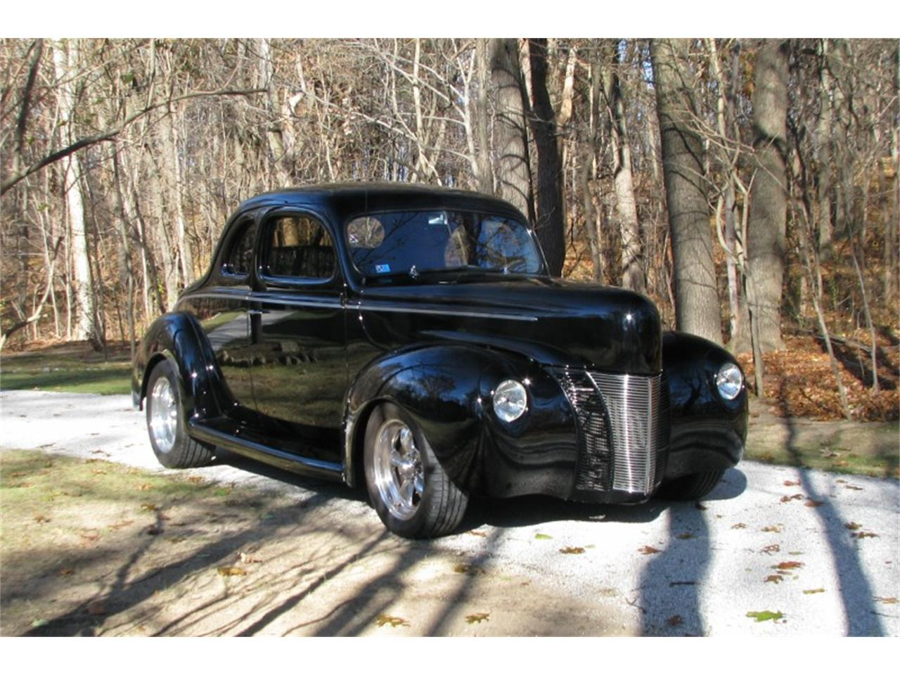 Large Picture of Classic '40 Ford Deluxe - $39,900.00 Offered by Sleeman's Classic Cars - MEUP