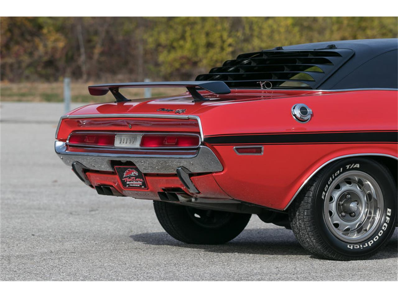 Large Picture of '70 Challenger R/T - MF41