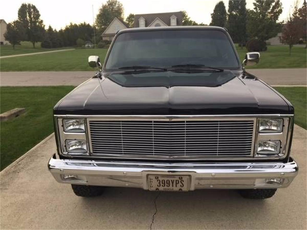 Large Picture of '82 Chevrolet C/K 20 located in Cadillac Michigan - $14,900.00 Offered by Classic Car Deals - MF4K