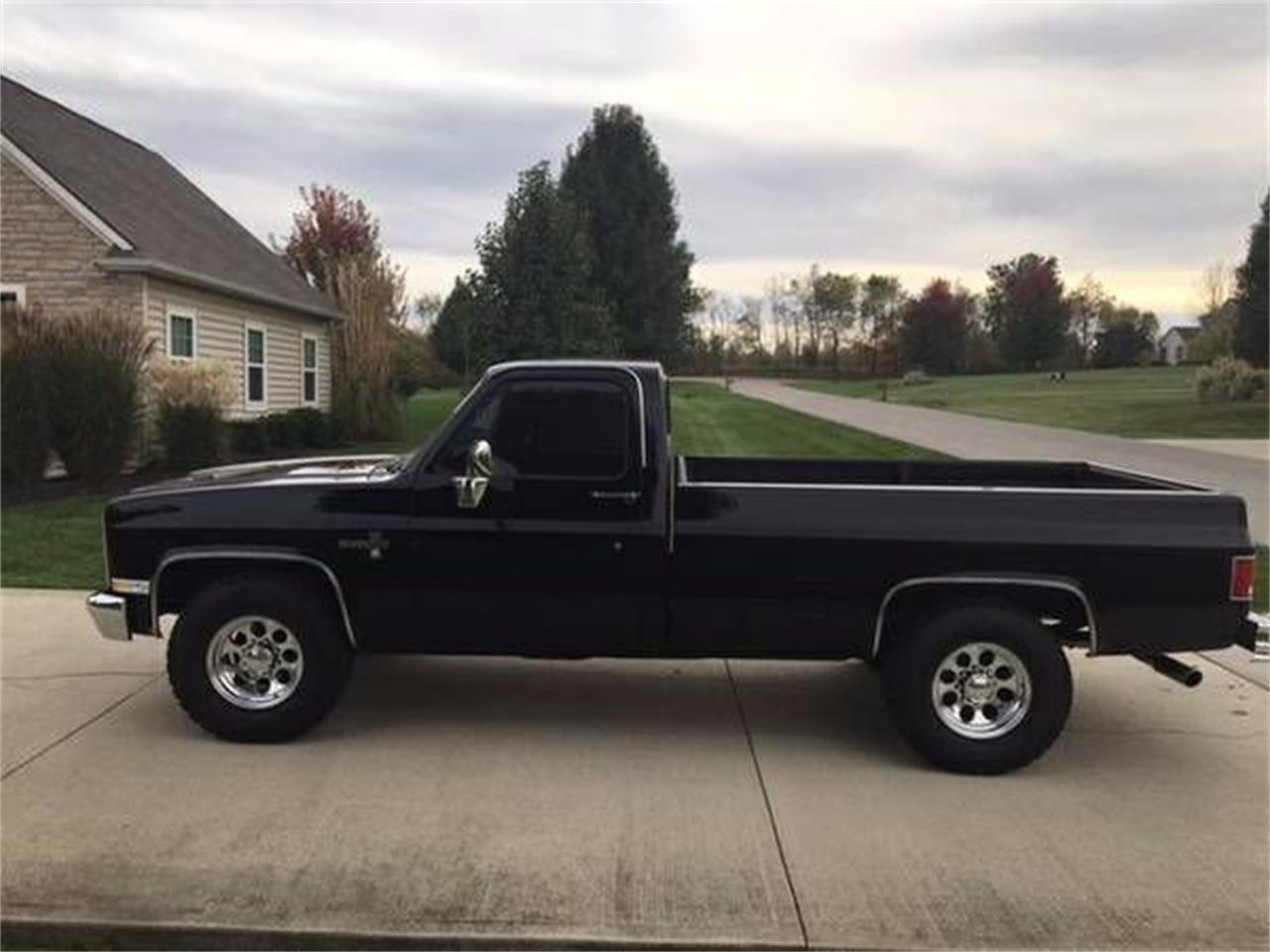 Large Picture of 1982 Chevrolet C/K 20 located in Michigan Offered by Classic Car Deals - MF4K
