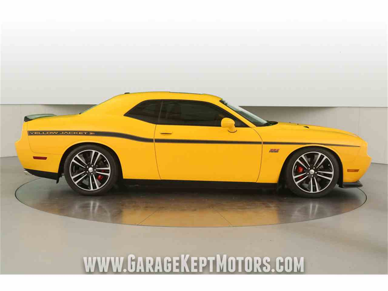 Large Picture of '12 Challenger SRT8 392 Yellow Jacket located in Grand Rapids Michigan - $36,500.00 Offered by Garage Kept Motors - MAXR