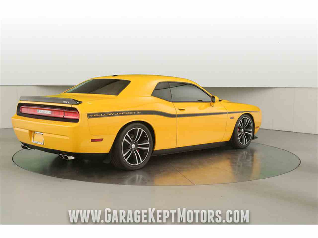 Large Picture of '12 Challenger SRT8 392 Yellow Jacket - $36,500.00 - MAXR
