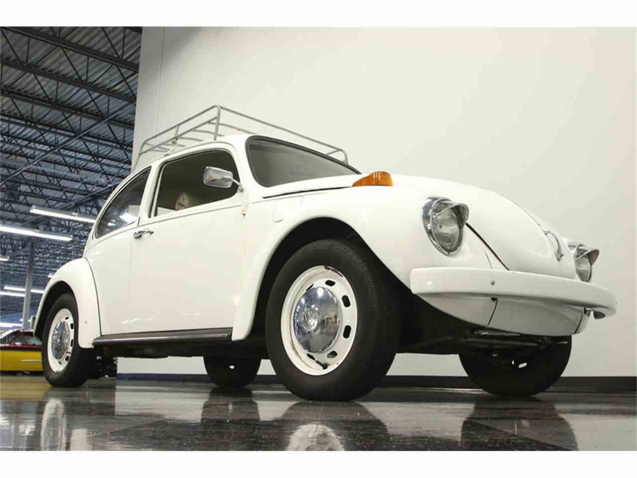 Large Picture of Classic '71 Volkswagen Super Beetle Offered by Streetside Classics - Tampa - MF74
