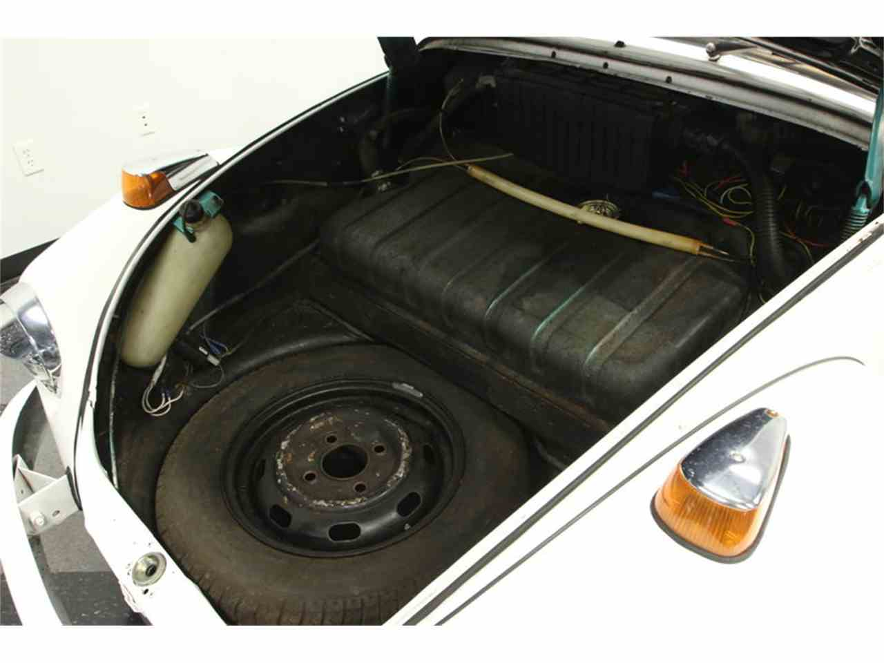 Large Picture of Classic '71 Volkswagen Super Beetle - $9,995.00 - MF74