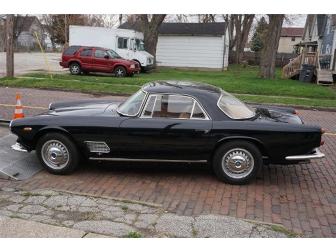 Large Picture of '64 3500 located in Astoria New York Offered by Gullwing Motor Cars - MF78