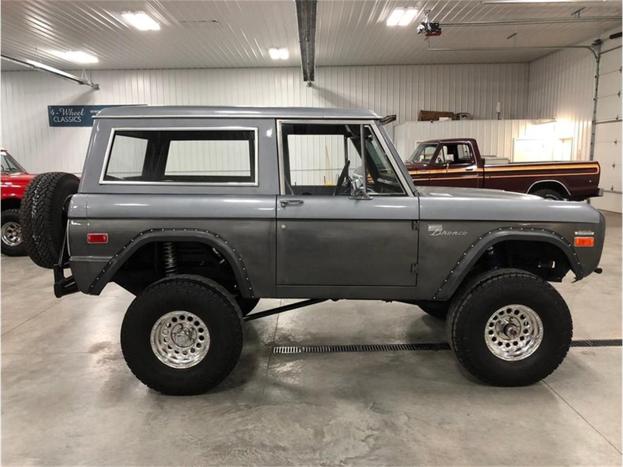 Large Picture of '70 Ford Bronco located in Michigan - MF7T