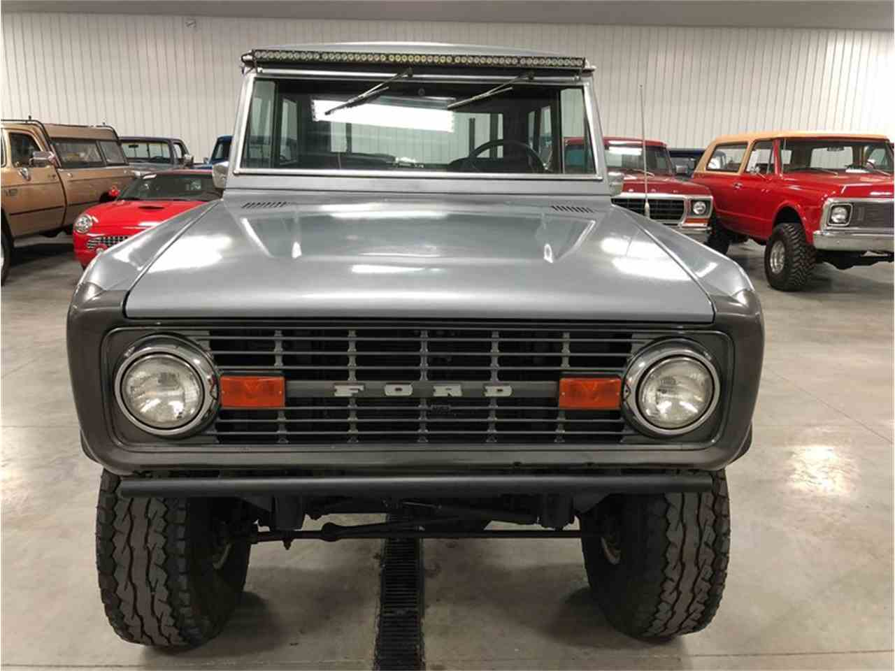 Large Picture of '70 Bronco - MF7T