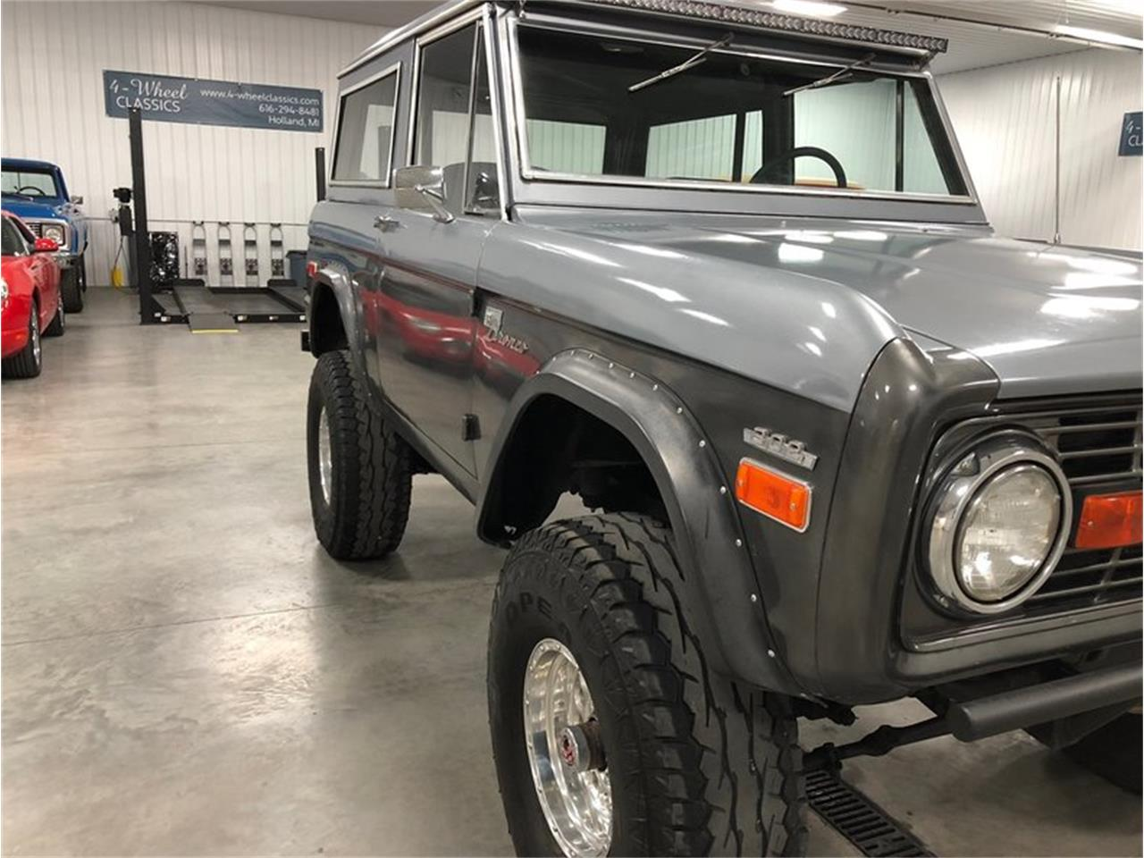 Large Picture of Classic '70 Ford Bronco located in Michigan - $25,900.00 - MF7T