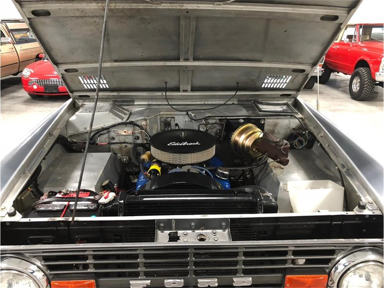 Large Picture of Classic '70 Bronco located in Holland  Michigan Offered by 4-Wheel Classics - MF7T