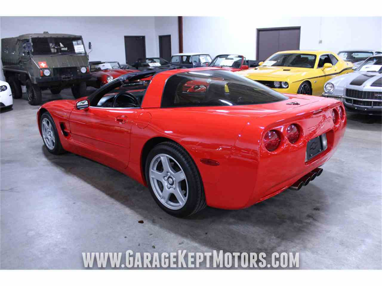 Large Picture of 1998 Chevrolet Corvette Offered by Garage Kept Motors - MFAU