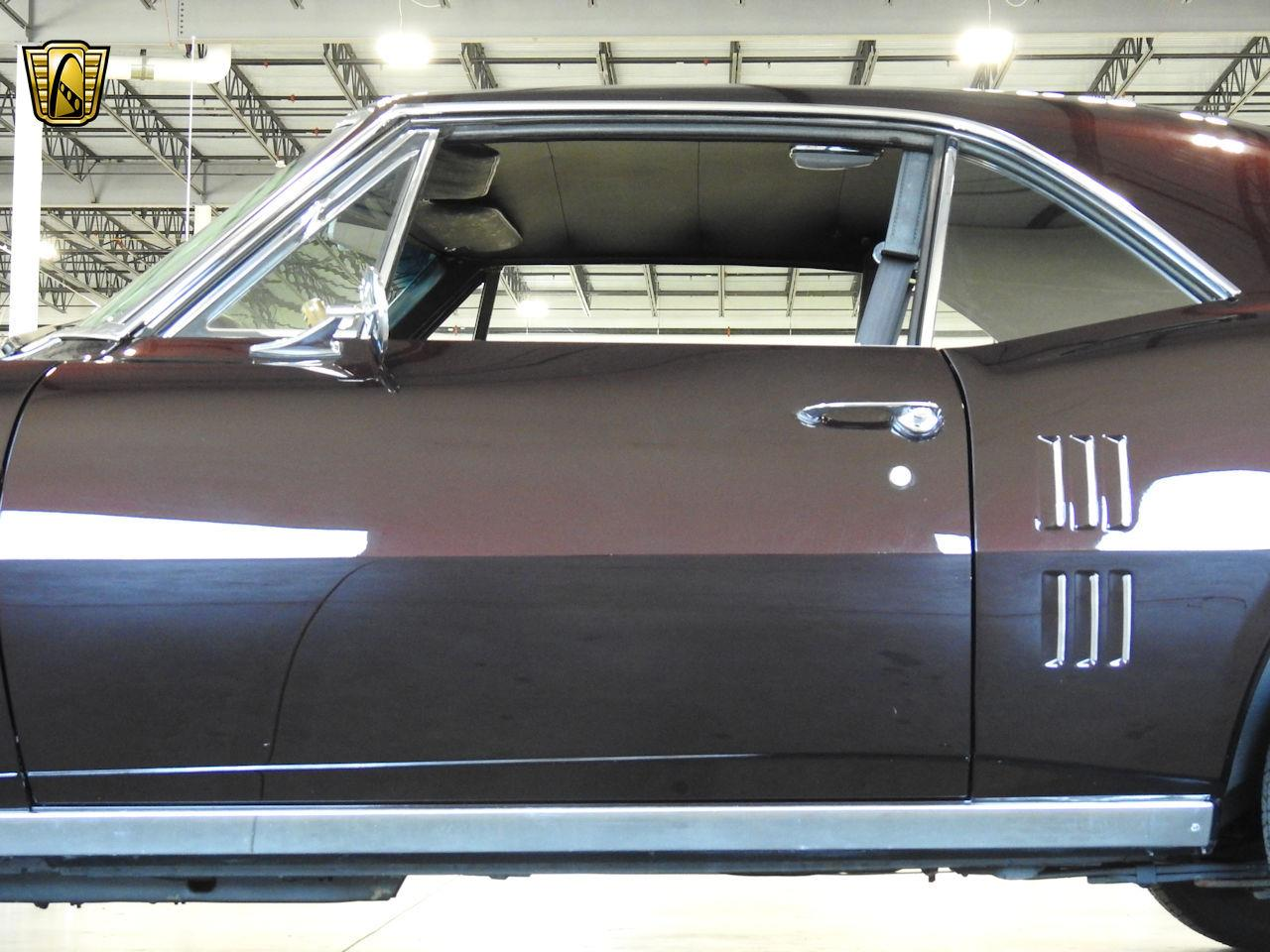 Large Picture of '67 Pontiac Firebird located in Wisconsin - $34,995.00 Offered by Gateway Classic Cars - Milwaukee - MFCU