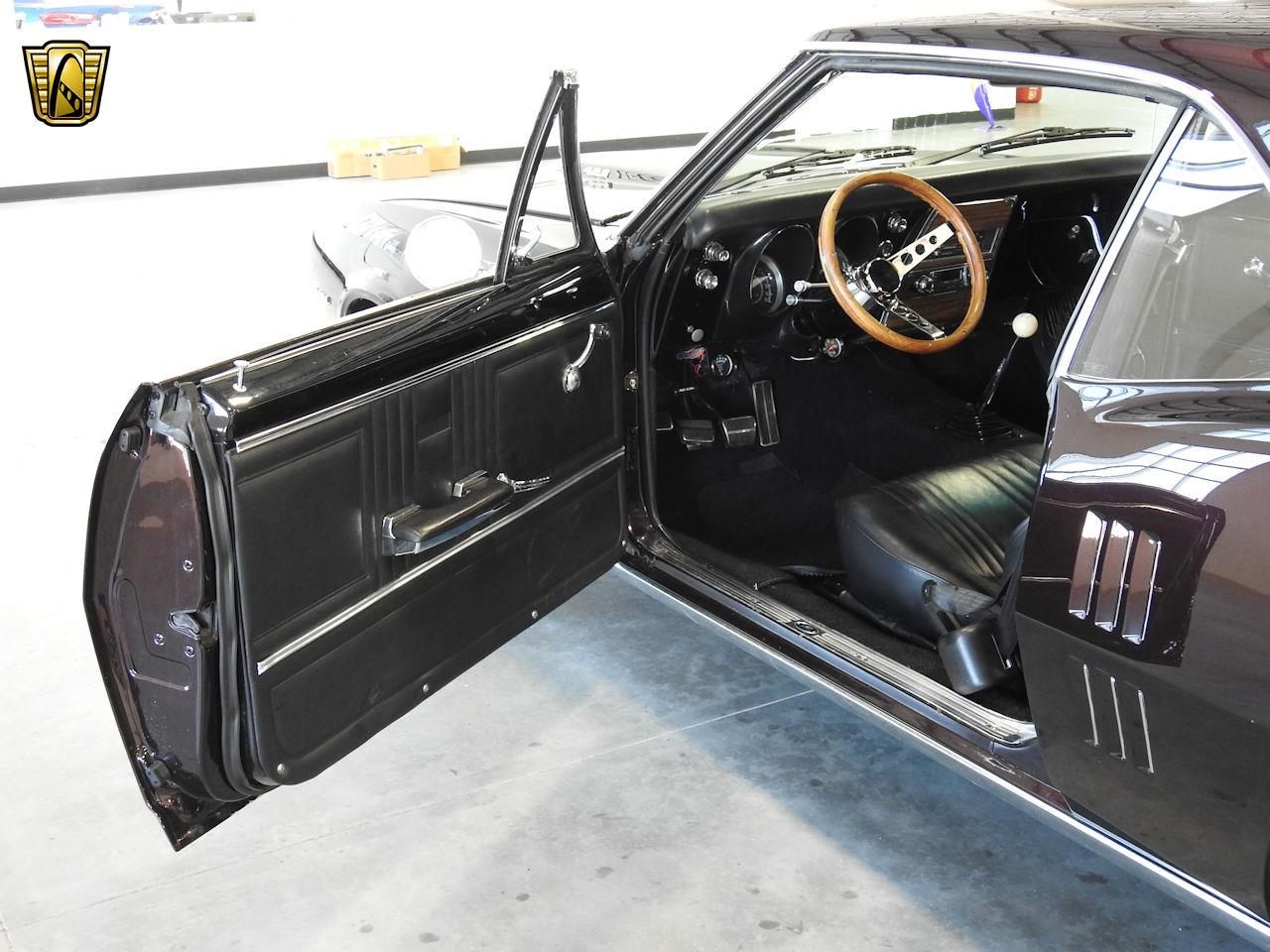 Large Picture of '67 Pontiac Firebird located in Wisconsin - MFCU