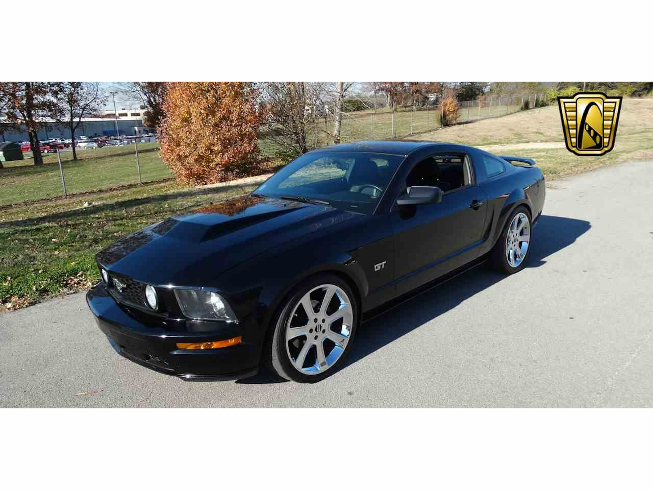 Large Picture of 2006 Mustang located in Tennessee - $15,595.00 Offered by Gateway Classic Cars - Nashville - MFDI