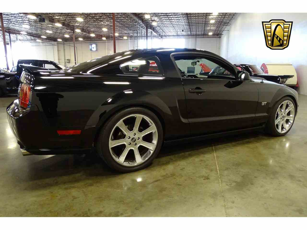 Large Picture of '06 Mustang located in Tennessee Offered by Gateway Classic Cars - Nashville - MFDI