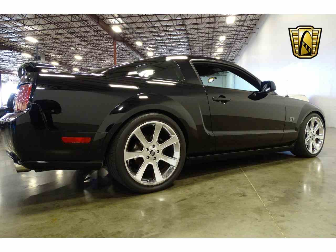Large Picture of '06 Ford Mustang located in La Vergne Tennessee - $15,595.00 Offered by Gateway Classic Cars - Nashville - MFDI