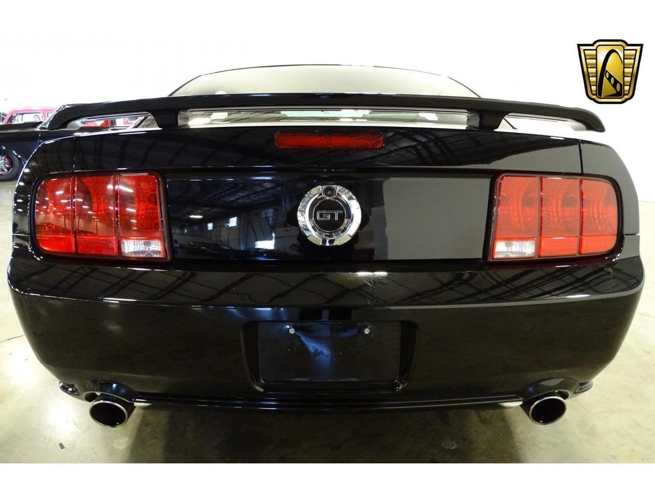 Large Picture of '06 Mustang located in Tennessee - MFDI
