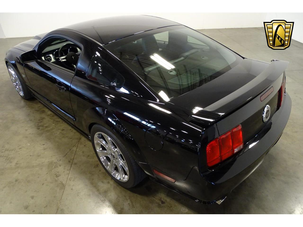 Large Picture of '06 Ford Mustang - $15,595.00 Offered by Gateway Classic Cars - Nashville - MFDI