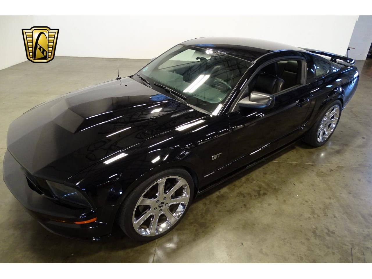 Large Picture of '06 Mustang - $15,595.00 Offered by Gateway Classic Cars - Nashville - MFDI