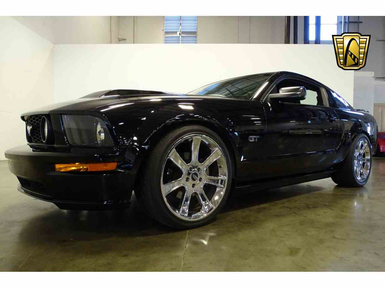 Large Picture of 2006 Mustang located in La Vergne Tennessee - $15,595.00 Offered by Gateway Classic Cars - Nashville - MFDI