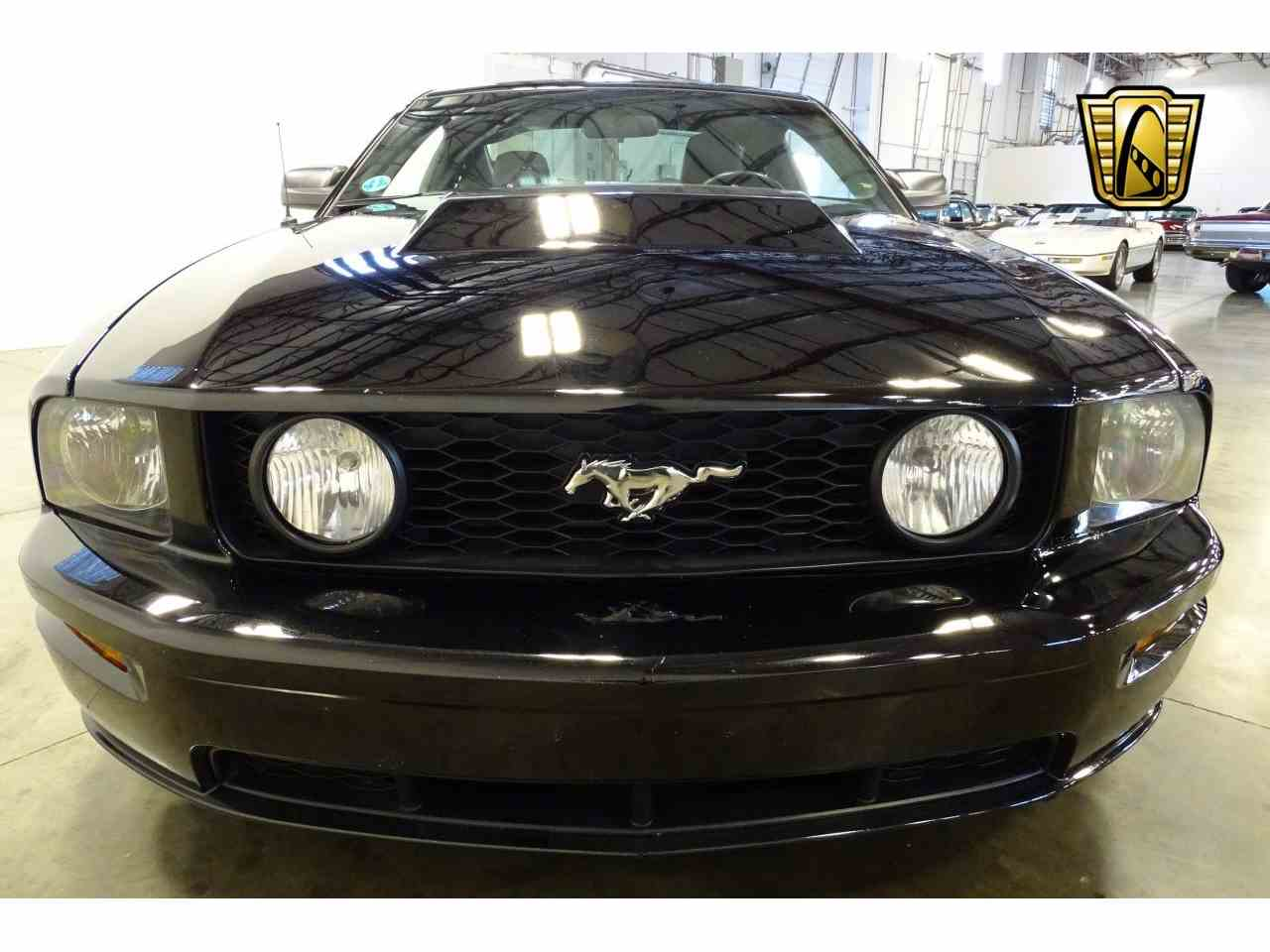 Large Picture of '06 Ford Mustang Offered by Gateway Classic Cars - Nashville - MFDI