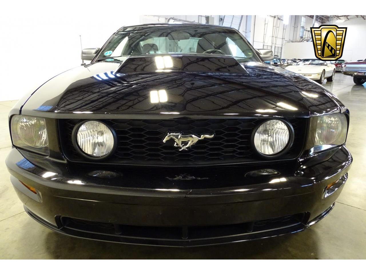 Large Picture of 2006 Mustang Offered by Gateway Classic Cars - Nashville - MFDI