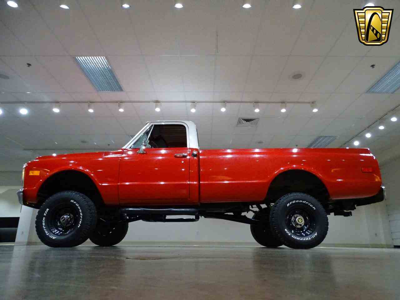 Large Picture of Classic '72 K-10 located in Illinois - $22,995.00 Offered by Gateway Classic Cars - St. Louis - MFDJ