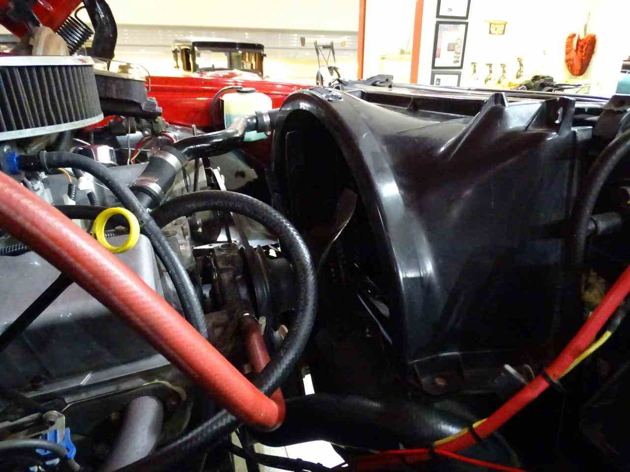 Large Picture of '72 Chevrolet K-10 located in Illinois Offered by Gateway Classic Cars - St. Louis - MFDJ