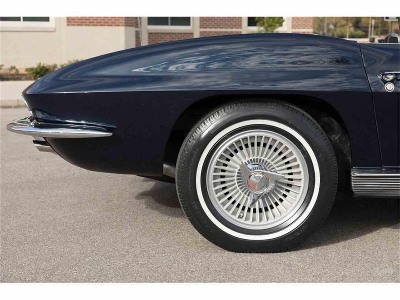 Large Picture of '63 Chevrolet Corvette - MFF5