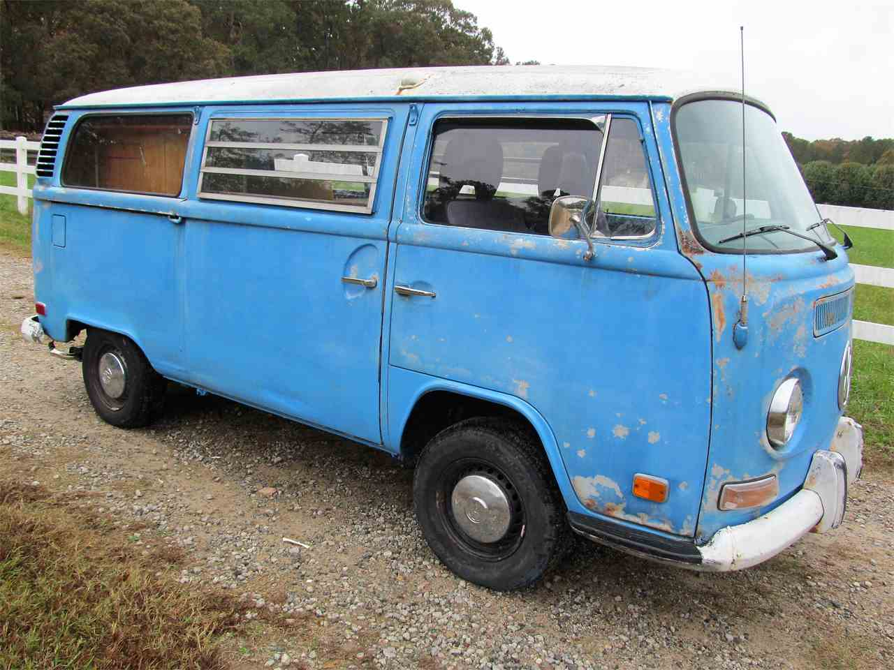 Large Picture of Classic '72 Volkswagen Bus Offered by Peachtree Classic Cars - MAIP