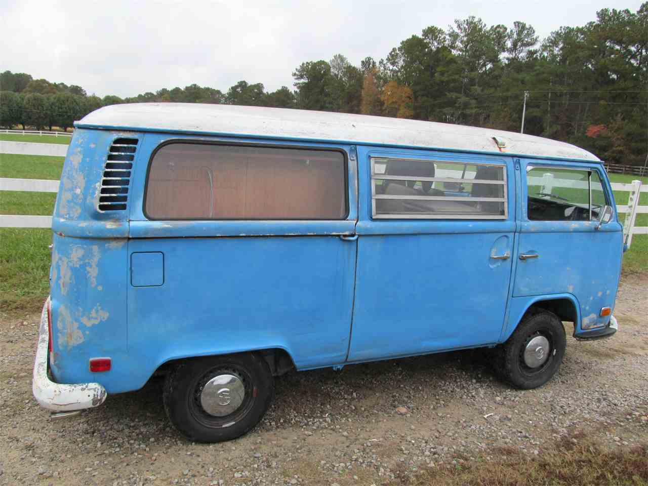 Large Picture of '72 Volkswagen Bus located in Fayetteville Georgia - $8,900.00 Offered by Peachtree Classic Cars - MAIP