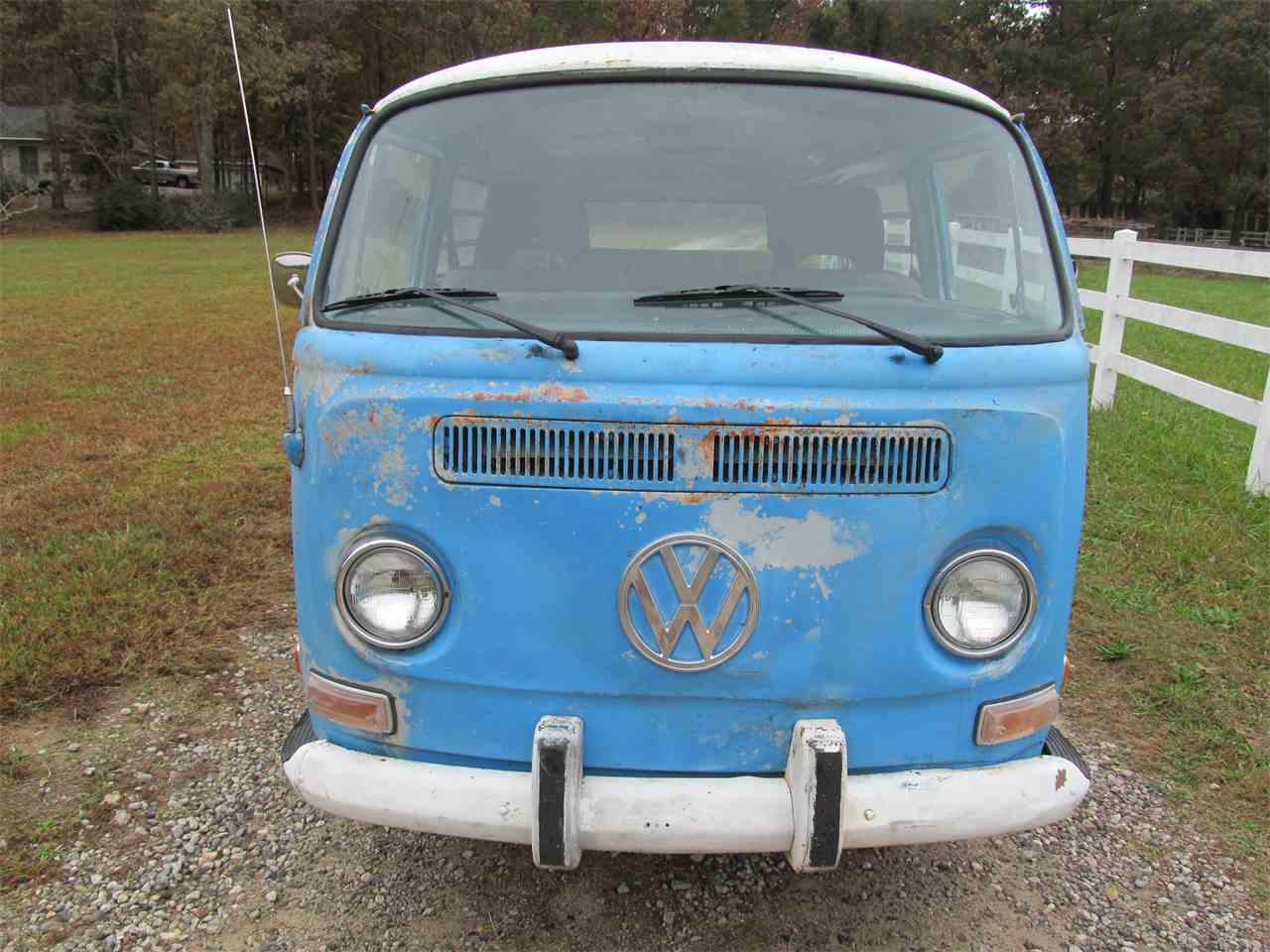 Large Picture of Classic '72 Volkswagen Bus - MAIP
