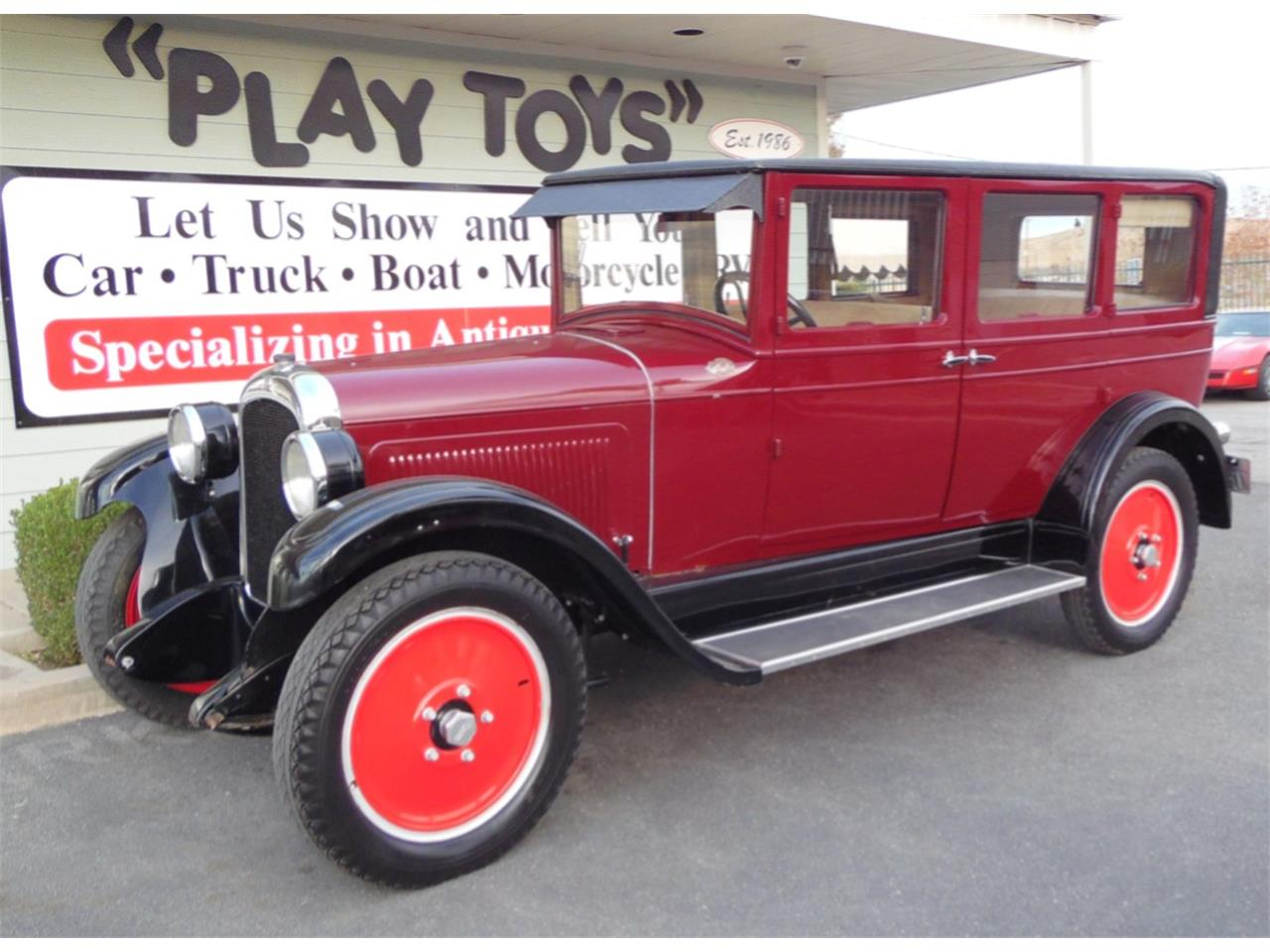 Large Picture of Classic 1925 Sedan located in Redlands California - MFMK