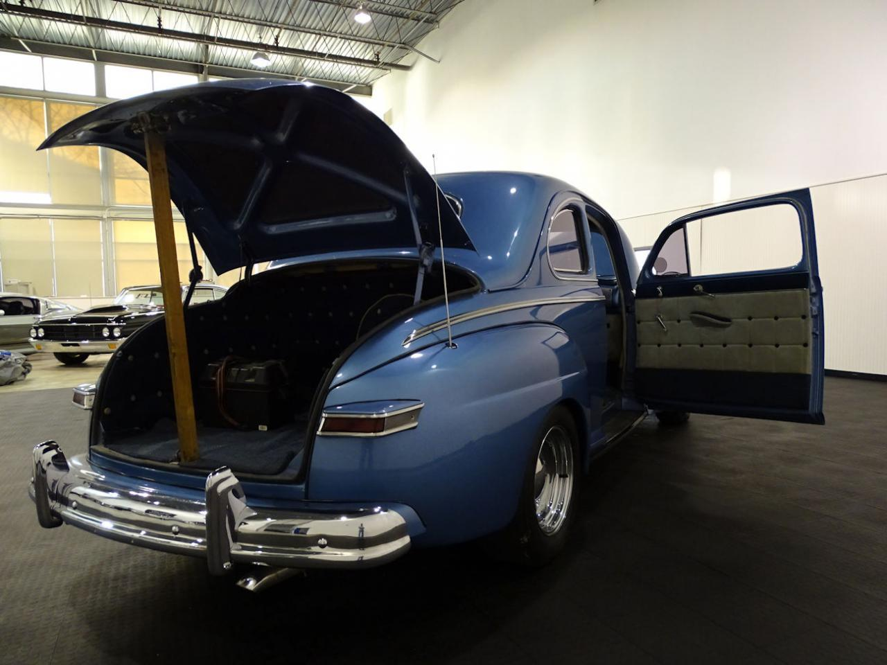 Large Picture of '47 Coupe located in Indianapolis Indiana Offered by Gateway Classic Cars - Indianapolis - MFNJ