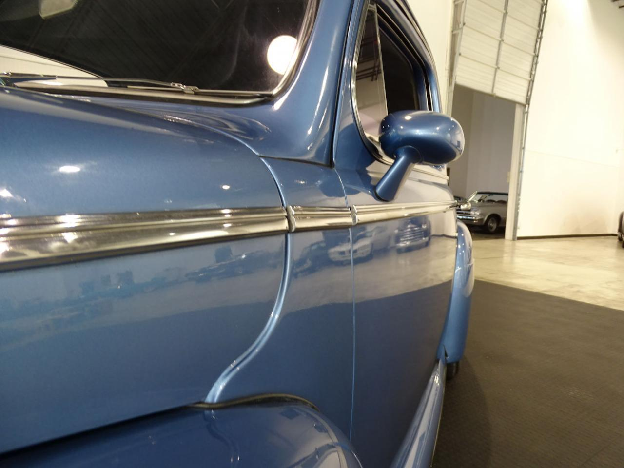 Large Picture of Classic '47 Coupe located in Indiana Offered by Gateway Classic Cars - Indianapolis - MFNJ