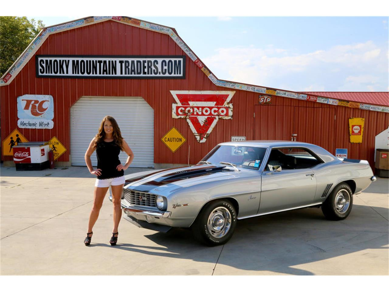 Large Picture of Classic 1969 Chevrolet Camaro Z28 located in Lenoir City Tennessee - $82,995.00 Offered by Smoky Mountain Traders - MFNS