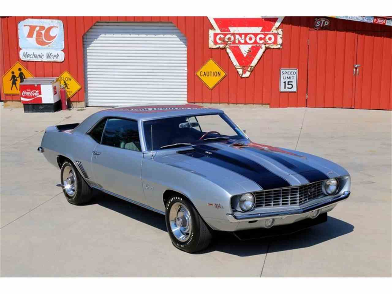 Large Picture of '69 Camaro Z28 - MFNS