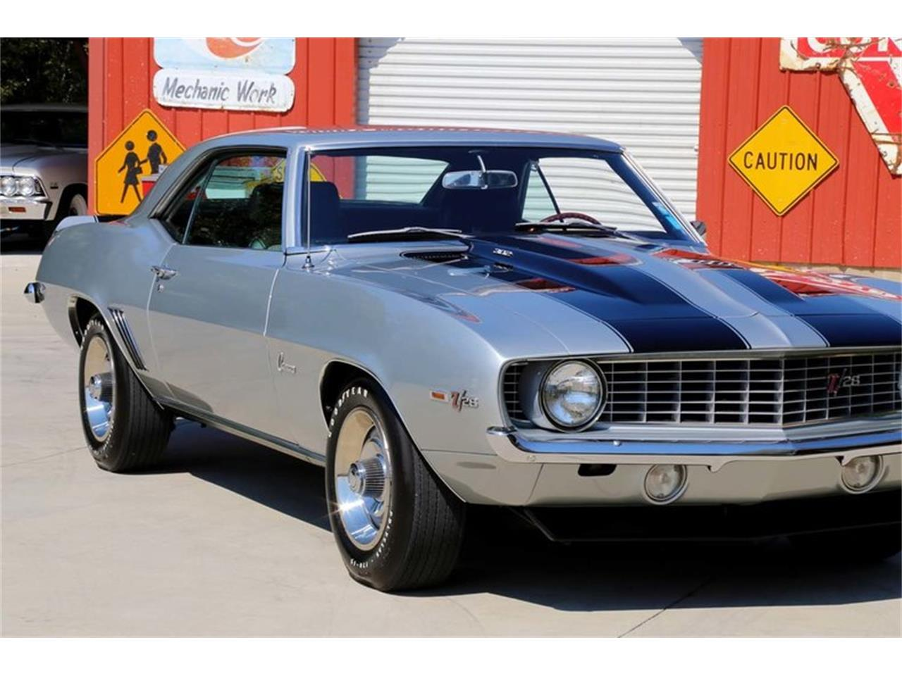 Large Picture of Classic 1969 Chevrolet Camaro Z28 - MFNS