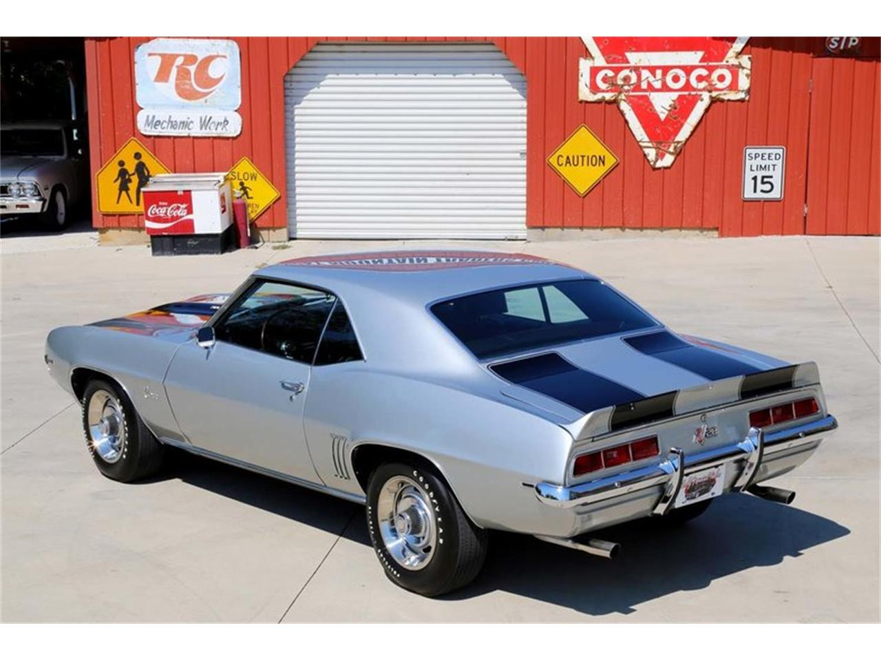 Large Picture of Classic 1969 Chevrolet Camaro Z28 located in Tennessee Offered by Smoky Mountain Traders - MFNS