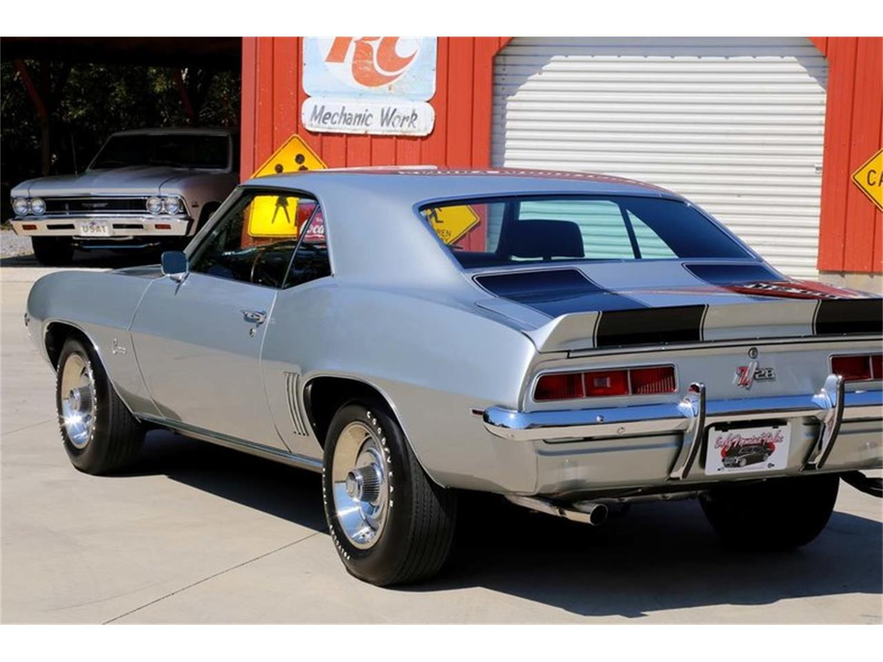 Large Picture of Classic 1969 Chevrolet Camaro Z28 located in Lenoir City Tennessee - MFNS