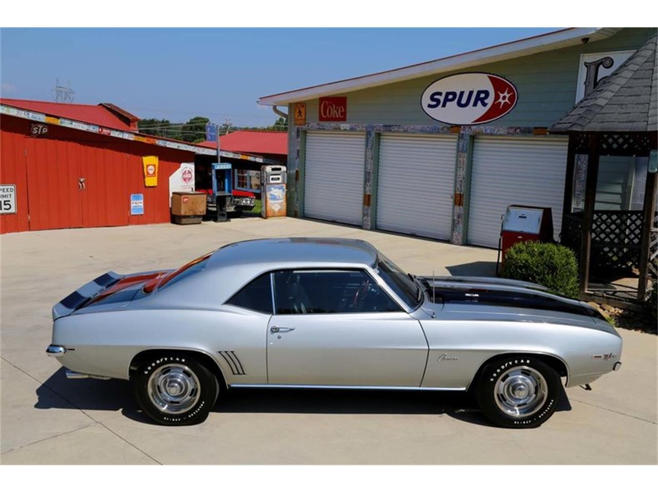 Large Picture of '69 Camaro Z28 located in Lenoir City Tennessee - $82,995.00 - MFNS