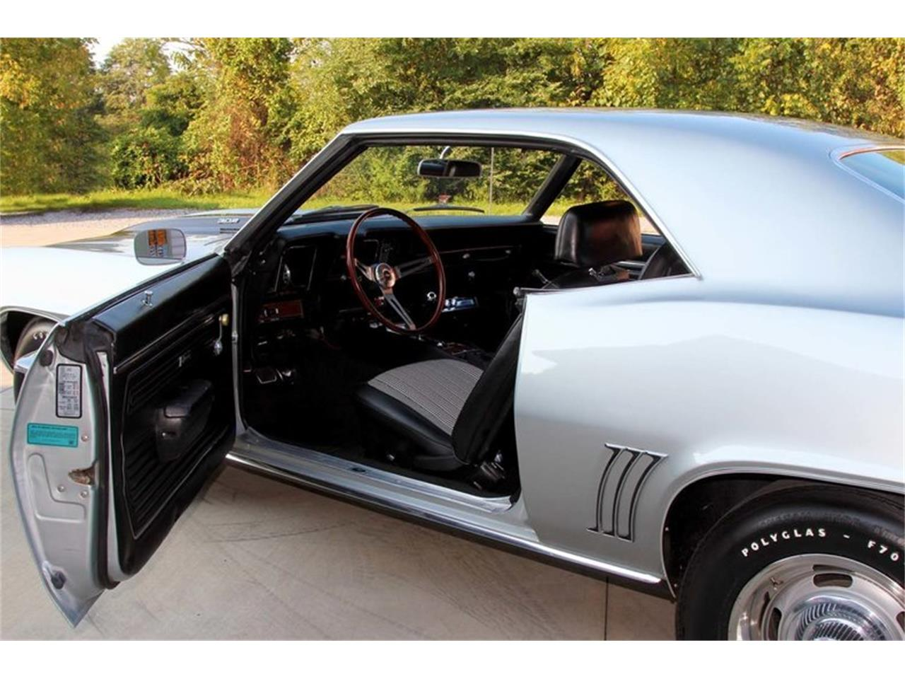 Large Picture of Classic '69 Chevrolet Camaro Z28 located in Lenoir City Tennessee Offered by Smoky Mountain Traders - MFNS