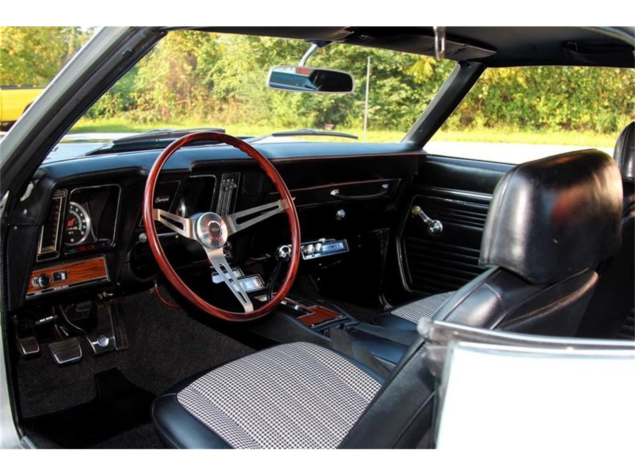 Large Picture of 1969 Camaro Z28 - $82,995.00 - MFNS