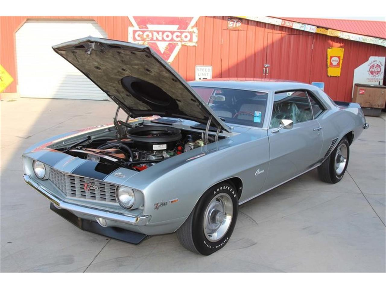 Large Picture of 1969 Chevrolet Camaro Z28 located in Tennessee Offered by Smoky Mountain Traders - MFNS