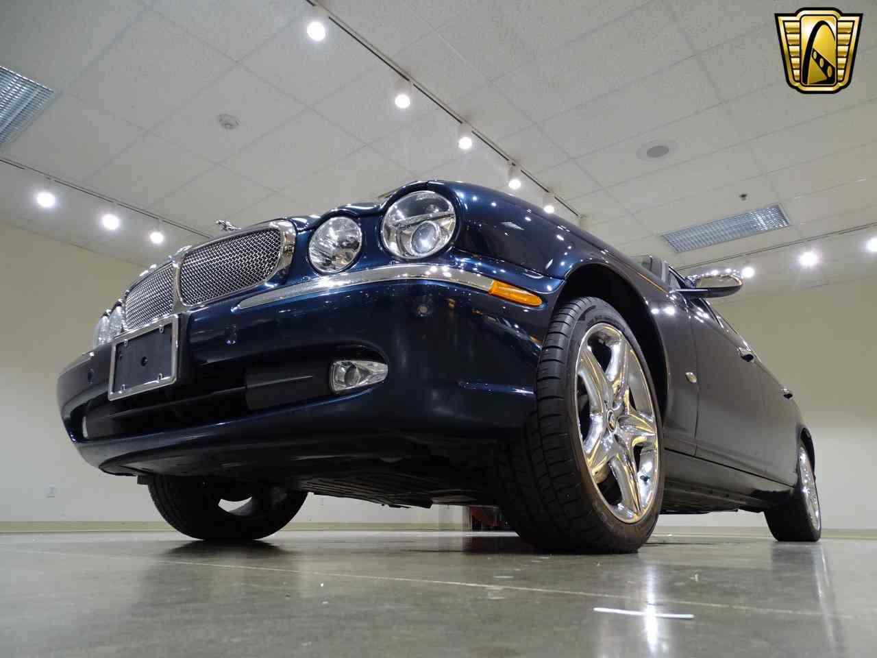 Large Picture of 2006 XJ8 located in O'Fallon Illinois - $14,995.00 Offered by Gateway Classic Cars - St. Louis - MFNT