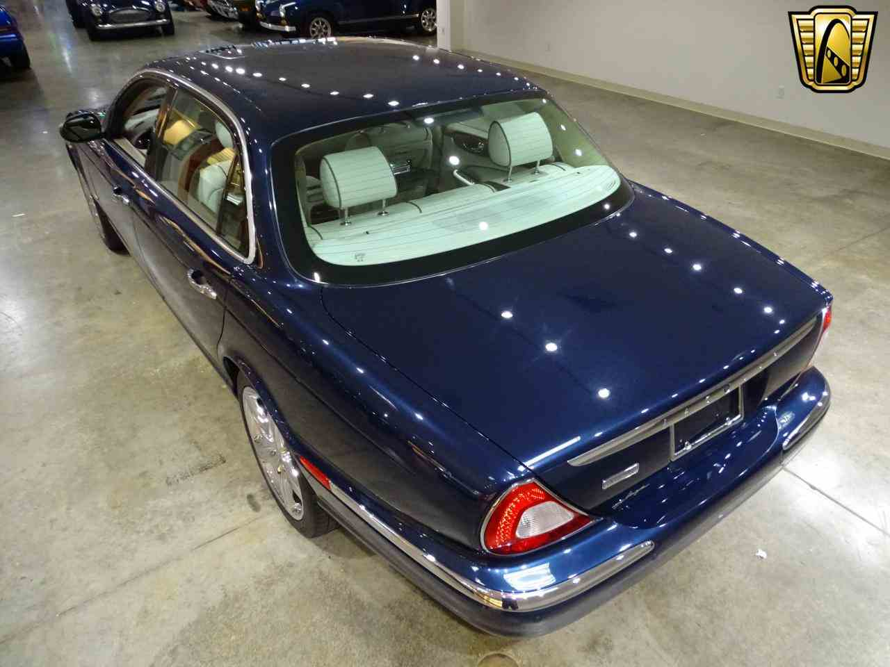 Large Picture of '06 Jaguar XJ8 Offered by Gateway Classic Cars - St. Louis - MFNT