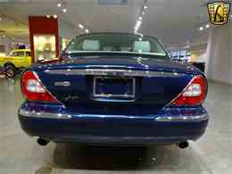 Picture of '06 XJ8 located in Illinois - $14,995.00 Offered by Gateway Classic Cars - St. Louis - MFNT